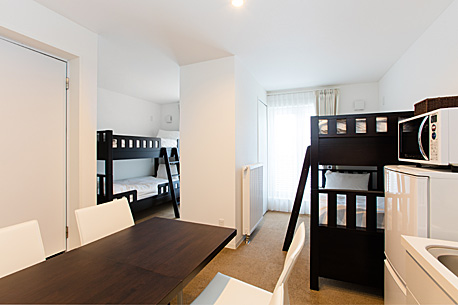 4 beds studio with bunk beds
